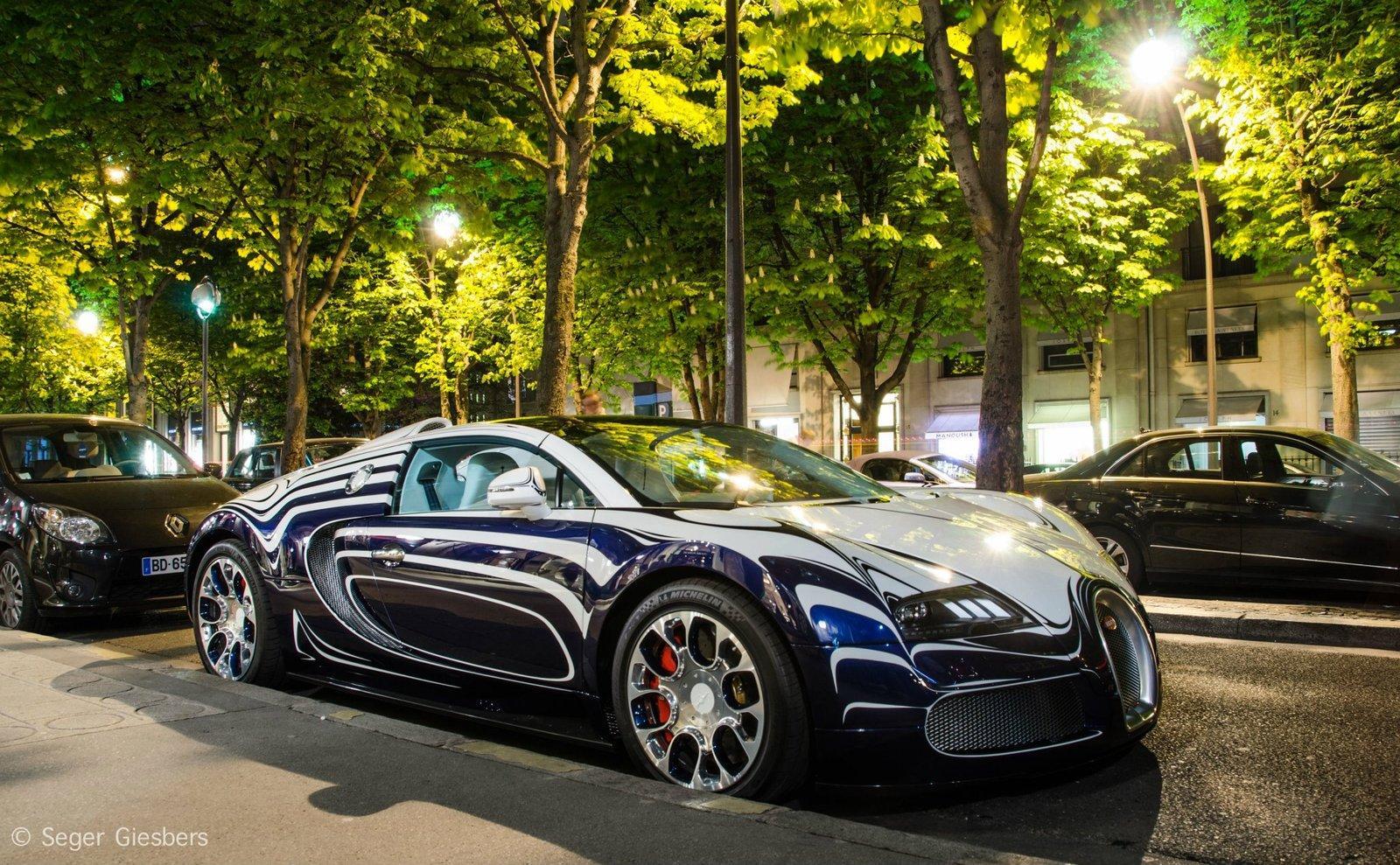 bugatti veyron l 39 or blanc pe strazile din paris. Black Bedroom Furniture Sets. Home Design Ideas