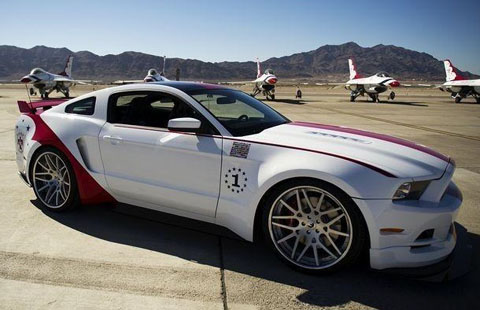 ford_mustang_gt_us_air_force_thunderbirds_edition_2014_0
